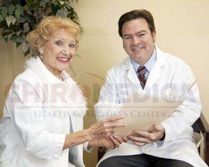 Read more about the article Dureri cronice de spate: intervenţie chirurgicală sau chiropractică ?
